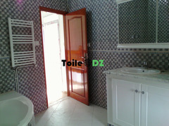 Location duplex F4 180m2 dely ibrahim parc Donia